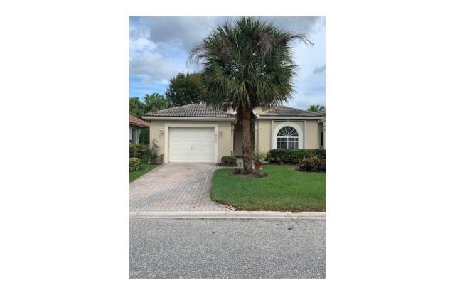 8010 Bellafiore Way - 8010 Bellafiore Way, Palm Beach County, FL 33472
