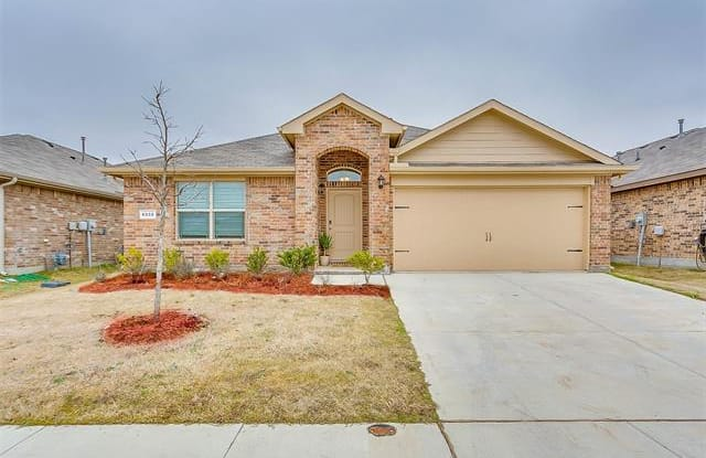 6332 Robertson Road - 6332 Robertson Rd, Saginaw, TX 76179