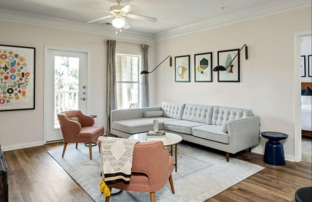 Citra Luxury Apartments - 1825 Carrington Oaks Dr, Charlotte, NC 28273