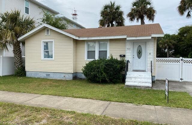 1908 2ND ST N - 1908 North 2nd Street, Jacksonville Beach, FL 32250