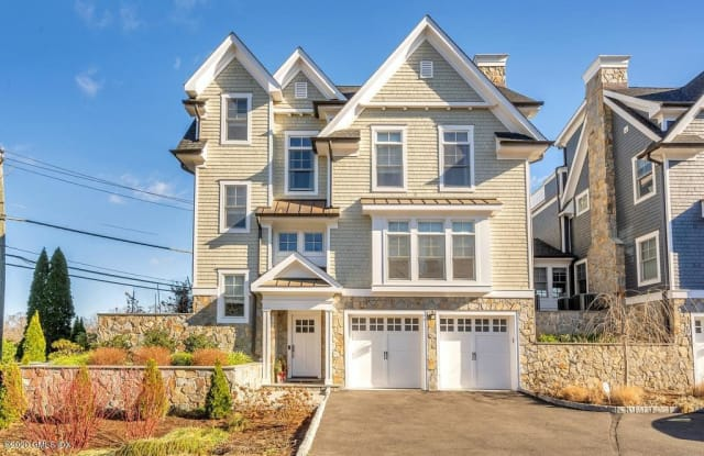 1 Home Place - 1 Home Pl, Greenwich, CT 06830