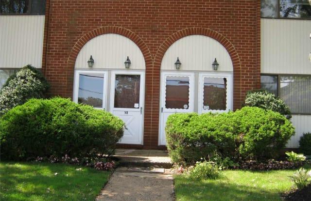 657 Chestnut Street - 657 Chestnut Street, Cedarhurst, NY 11516