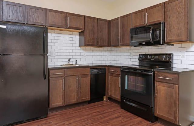 Flats 324 - 324 N Emporia Ave, Wichita, KS 67202