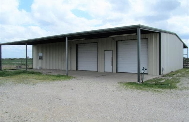 2057 County Road 2164 - 2057 Muddy Road, Hunt County, TX 75135