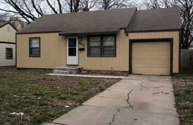 843 S Pinecrest St - 843 South Pinecrest Street, Wichita, KS 67218