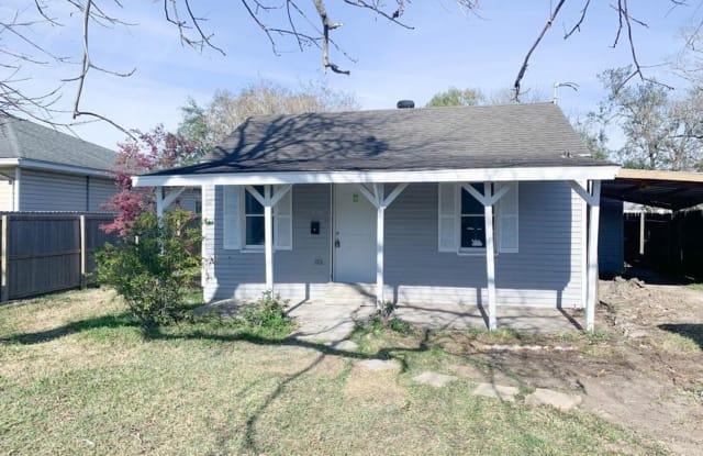 3438 Taft Ave - 3438 Taft Avenue, Groves, TX 77619
