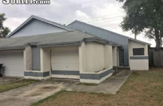 2464 Atrium Cir - 2464 Atrium Circle, Pine Hills, FL 32808