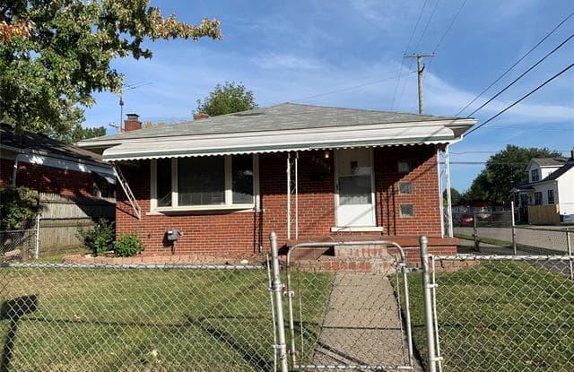 22004 PIPER Avenue - 22004 Piper Avenue, Eastpointe, MI 48021