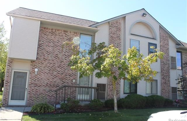 42533 LILLEY POINTE Drive - 42533 Lilley Pointe Dr, Wayne County, MI 48187