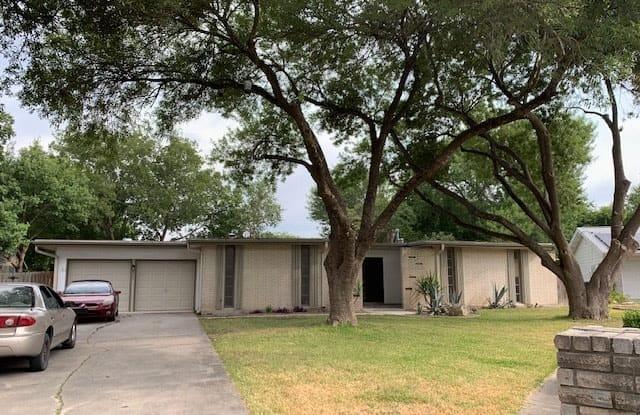 5227 Galahad Dr - 5227 Galahad Drive, San Antonio, TX 78218