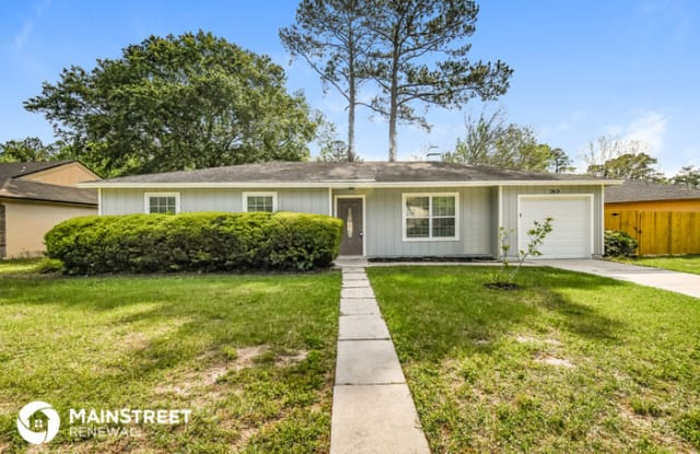 2419 Winterwood Circle East - 2419 Winterwood Circle East, Jacksonville, FL 32210