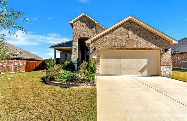 7108 Frenton Terrace - 7108 Frenton Terrace, Fort Worth, TX 76131