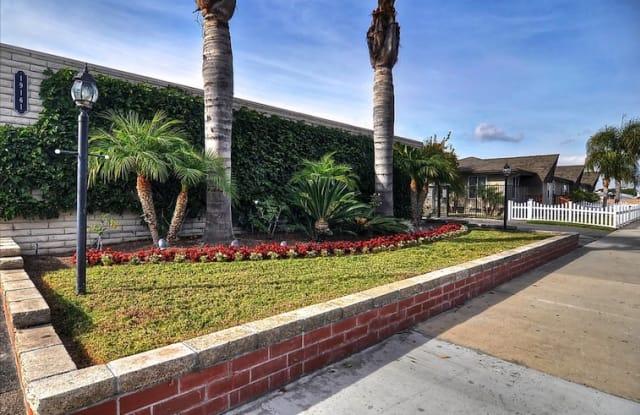 Huntington Manor - 19161 Delaware St, Huntington Beach, CA 92648