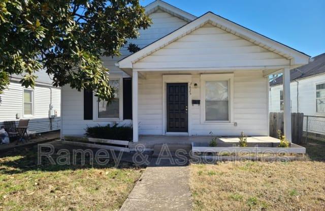 3625 Kahlert Ave - 3625 Kahlert Avenue, Louisville, KY 40215
