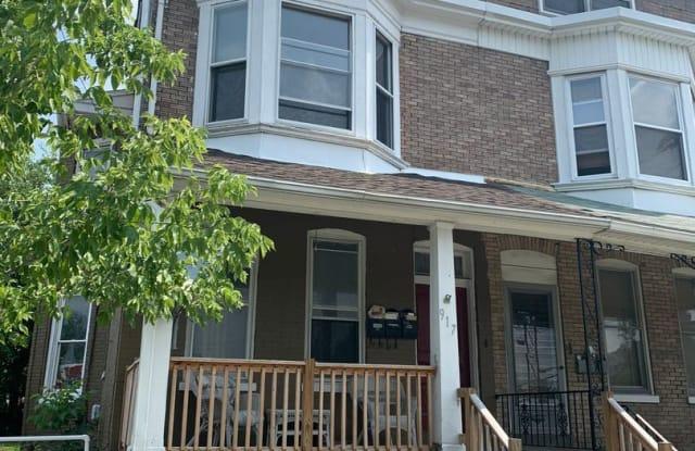 917 S Queen St Apt #2 - 917 South Queen Street, York, PA 17403