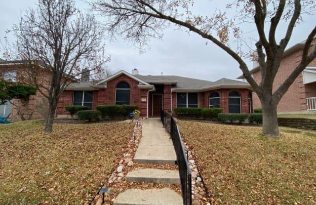 968 Wisperwood Dr - 968 Wisperwood Drive, Rockwall, TX 75087
