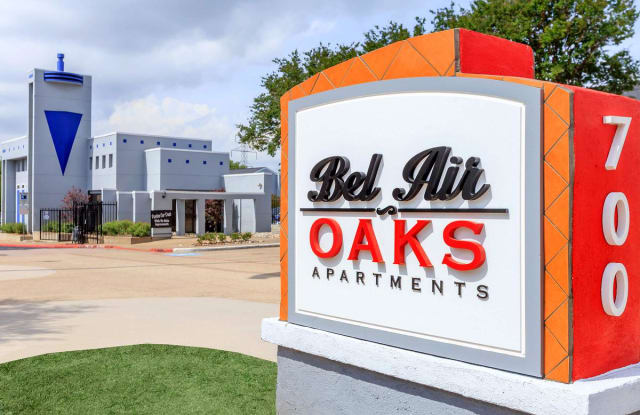 Bel Air Oaks - 700 W Plano Pkwy, Plano, TX 75075
