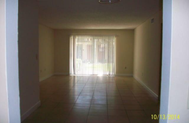 4213 S. Semoran Blvd #8 - 4213 S Semoran Boulevard, Orlando, FL 32822