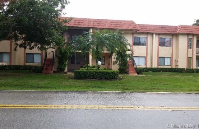 164 Lakeview Dr - 164 Lakeview Drive, Weston, FL 33326