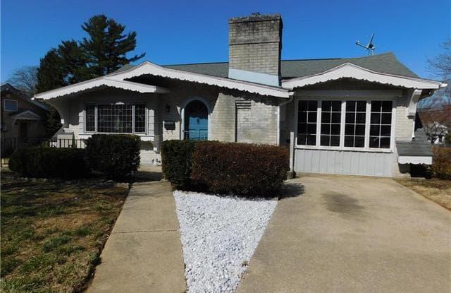 915 Fernwood Street - 915 Fernwood Street, Emmaus, PA 18049