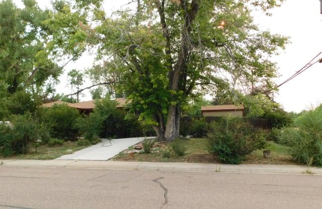 799 Xenophon St - 799 Xenophon Street, Lakewood, CO 80401