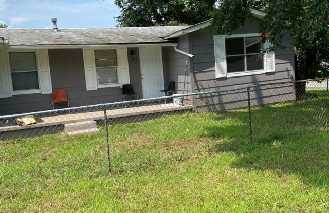 621 Purifoy St - 621 Purifoy Street, McAlmont, AR 72117