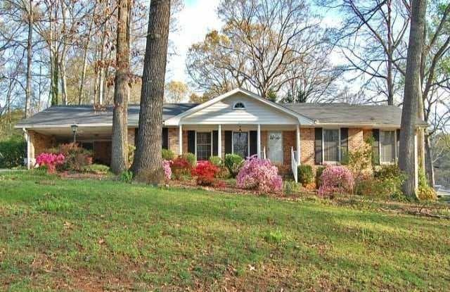 2734 Hilo Court - 2734 Hilo Court, North Decatur, GA 30033