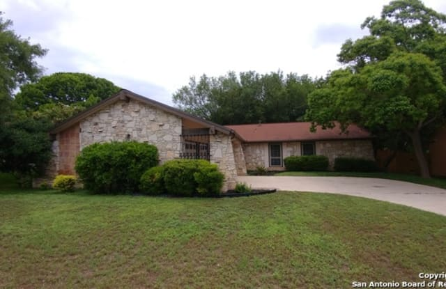 11910 Northledge Dr - 11910 Northledge Drive, Live Oak, TX 78233