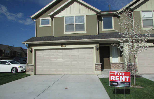 2475 S Andover St - 2475 Andover, West Haven, UT 84401