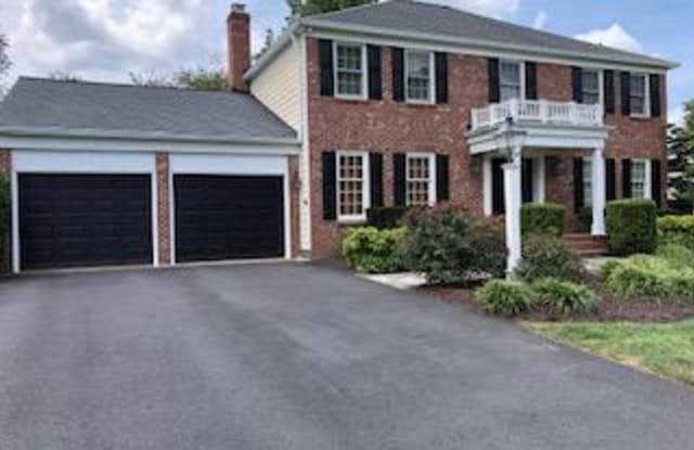 9915 CHASE HILL COURT - 9915 Chase Hill Court, Wolf Trap, VA 22182