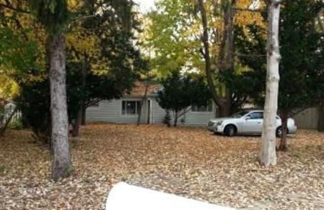 31853 Hoover home - 31853 Hoover Road, Warren, MI 48093