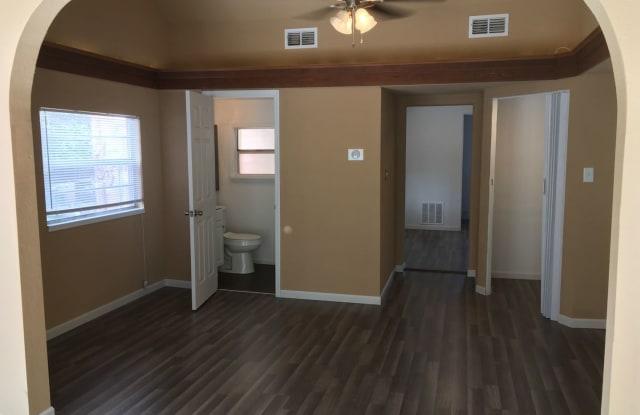 2700 South Brown Avenue Unit B - 2700 Brown Avenue, Orlando, FL 32806