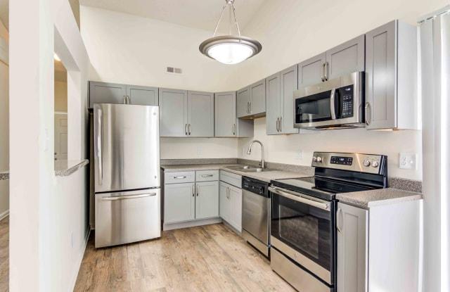 Doria Apartments & Townhomes - 5516 Seawall Court, Virginia Beach, VA 23462