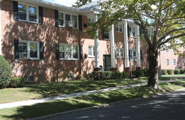 43 Cottage Street Apt. 2B - 43 Cottage Street, Troy, NY 12180