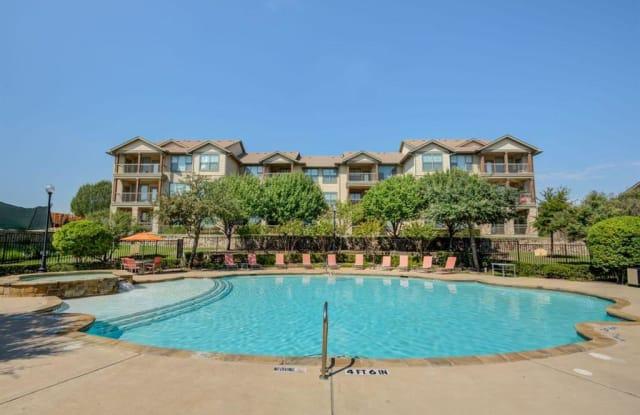 Huntington Ridge - 821 S Polk St, DeSoto, TX 75115