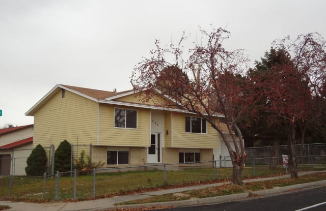 4399 south 5400 west - 4399 S 5400 W, West Valley City, UT 84120