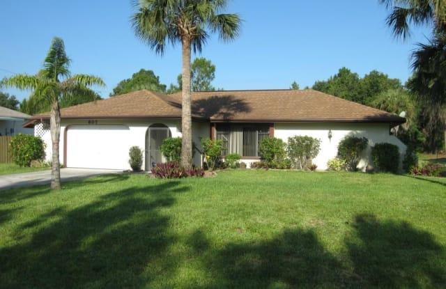 607 Jackson AVE - 607 Jackson Avenue, Lehigh Acres, FL 33972