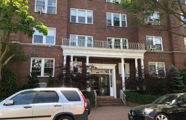 111-14 76 Ave - 111-14 76 Ave, Queens, NY 11375