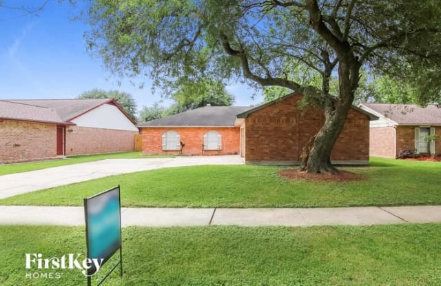 10114 Rustic Gate Road - 10114 Rustic Gate Road, La Porte, TX 77571