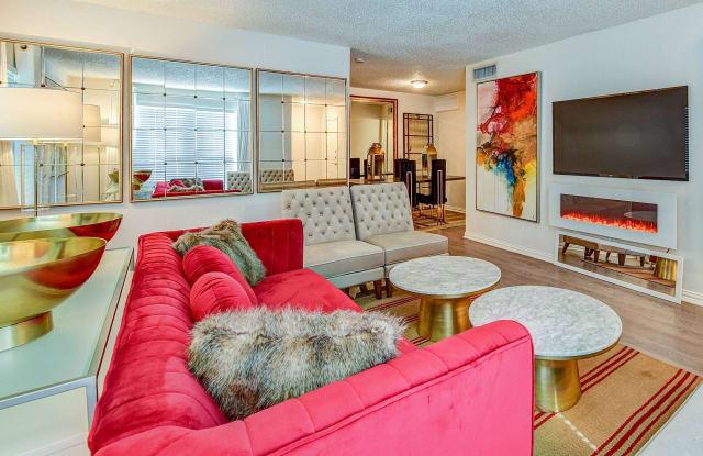 Estates at Avenstar Apartments - 10950 Briar Forest Dr, Houston, TX 77042