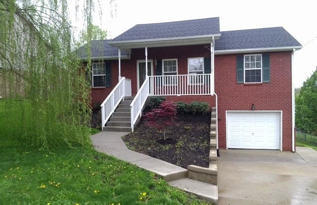 233 High Chaperal Dr - 233 High Chaperal Drive, Millersville, TN 37072