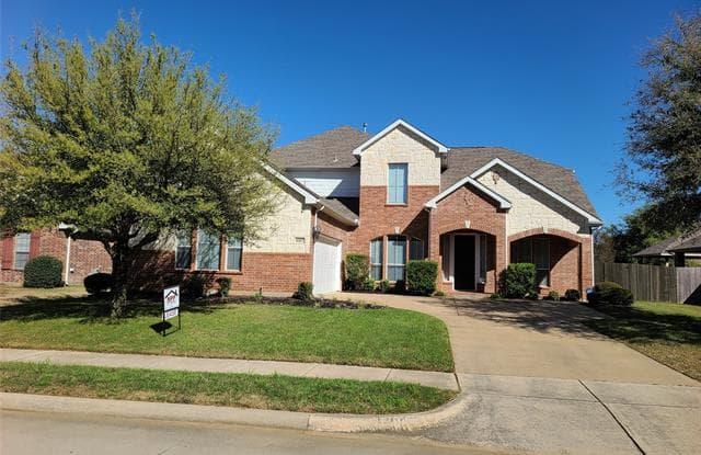 8107 Summerleaf Drive - 8107 Summerleaf Drive, Arlington, TX 76001