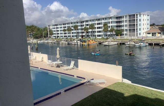 125 N Shore Court - 125 Shore Ct, North Palm Beach, FL 33408