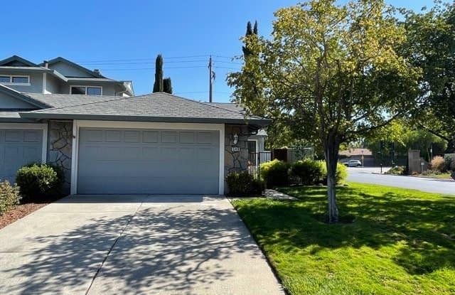 546 La Corso Drive - 546 La Corso Drive, Walnut Creek, CA 94598