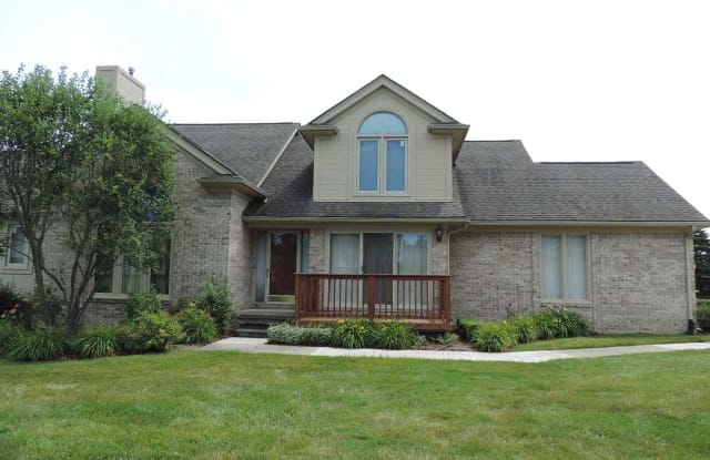 4469 Reflections - 4469 Reflections Drive, Sterling Heights, MI 48314