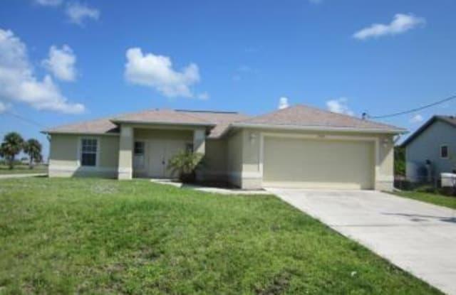 3326 9th ST W - 3326 9th Street West, Lehigh Acres, FL 33971