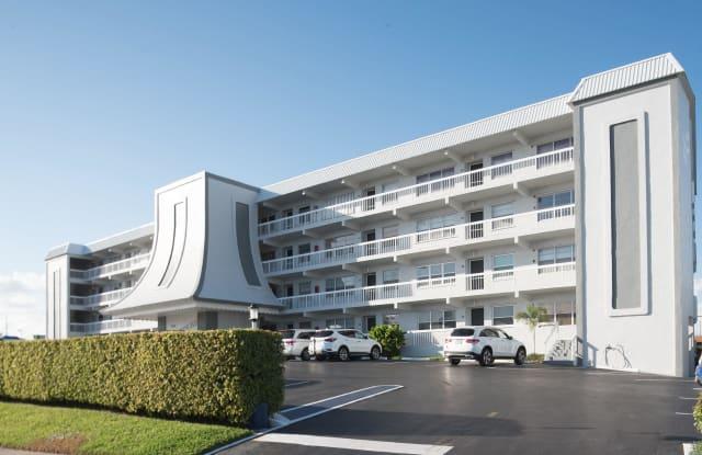 155 Yacht Club Drive - 155 Yacht Club Drive, North Palm Beach, FL 33408