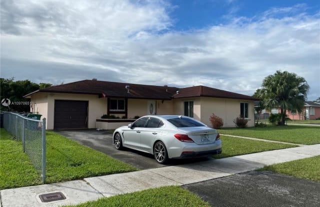 10970 SW 165th Ter - 10970 Southwest 165th Terrace, Palmetto Estates, FL 33157
