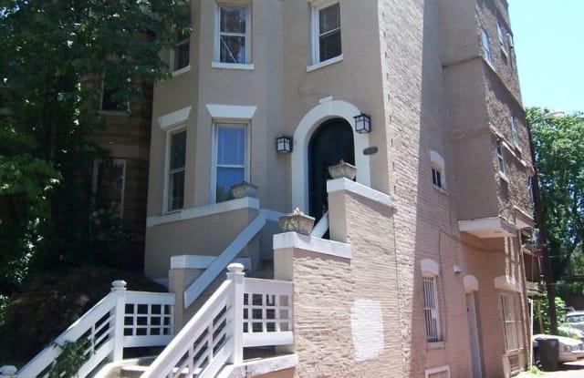 1906 1/2 Calvert Street, NW - 1906 1/2 Calvert St NW, Washington, DC 20009