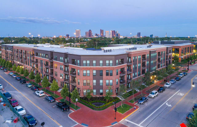 Apartments at the Yard: Brooks - 808 Yard Street, Grandview Heights, OH 43212